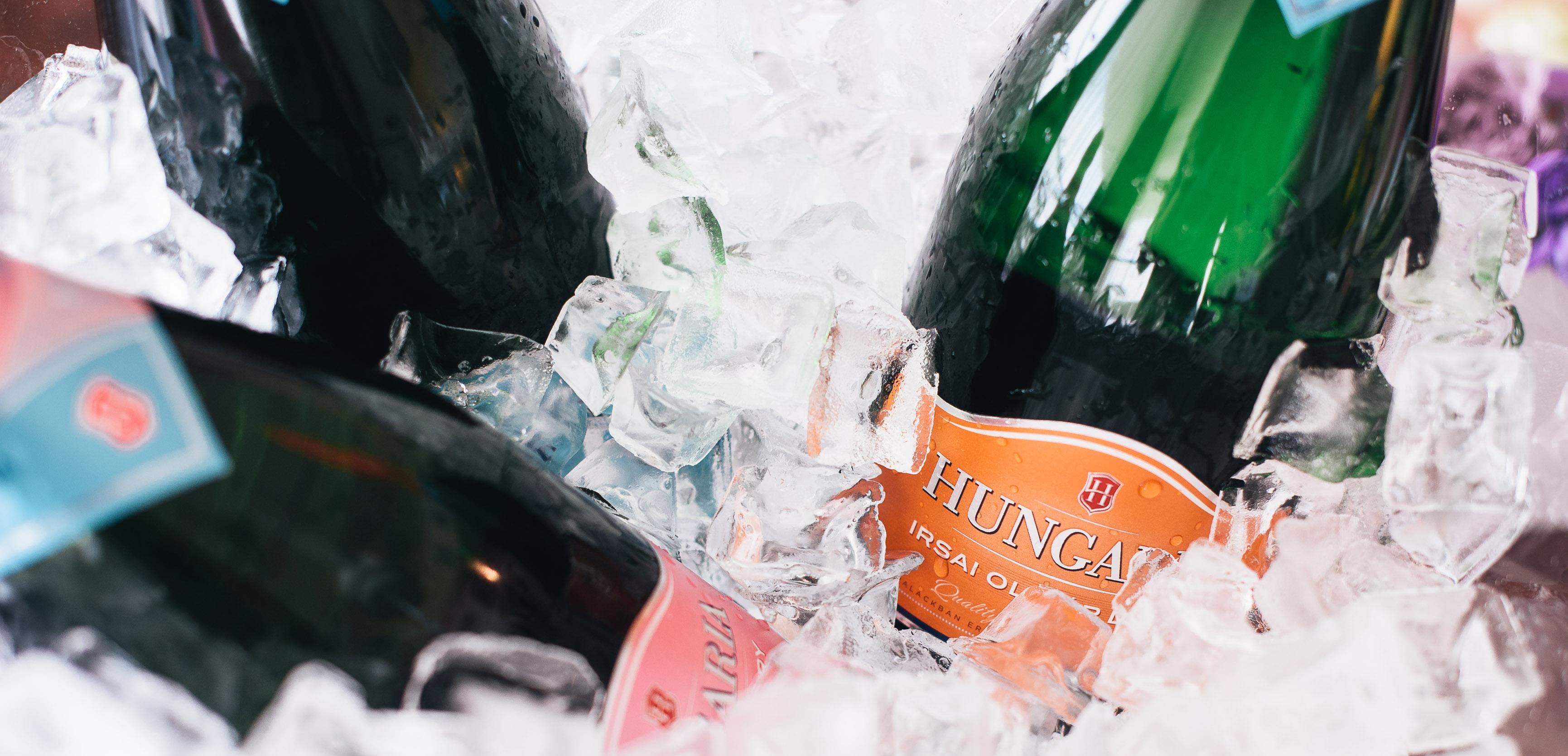 Hungaria pezsgő hűtve